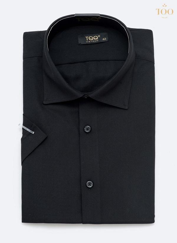 Áo sơ mi nam trơn là một mẫu áo vô cùng thời trang, tinh tế