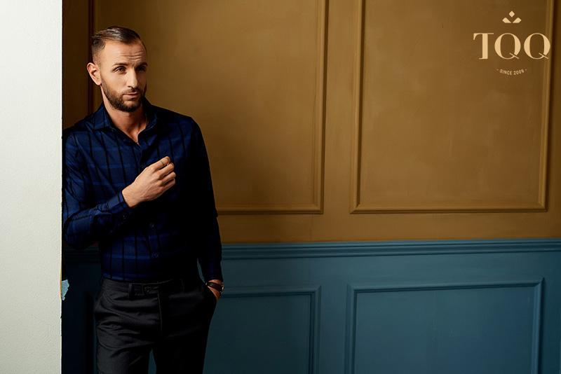Những chiếc áo sơ mi nam gam màu lạnh và trầm là ưu tiên lựa chọn hàng đầu dành cho các quý ông
