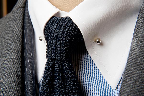 Phụ kiện cổ áo sơ mi nam màu bạc hình tròn