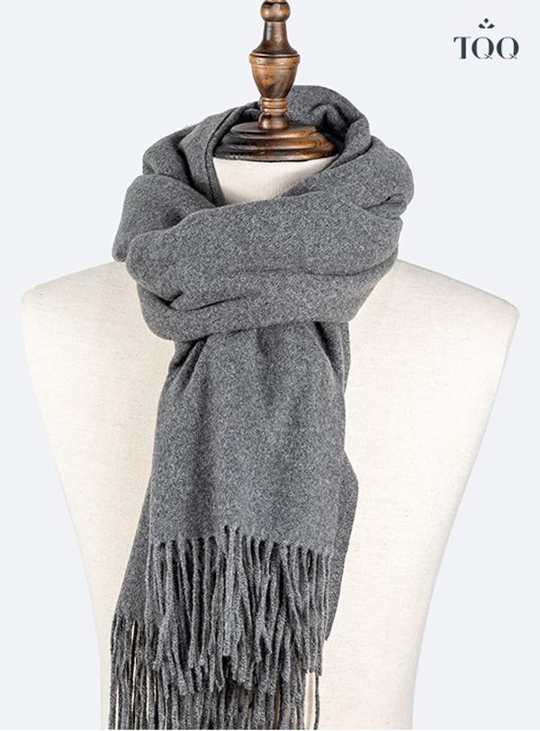 Gợi ý cách phối khăn với áo sơ mi nam cực thu hút