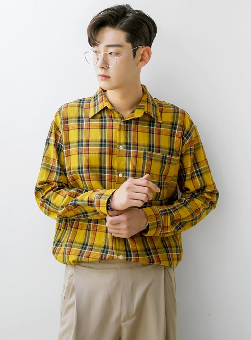 Là trang phục dành riêng cho giới trẻ, áo sơ mi Freesize đa dạng về mẫu mã, kiểu dáng, thiết kế