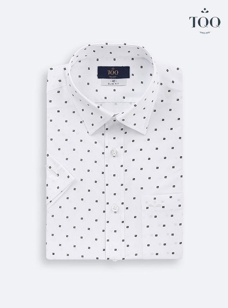 Mẫu áo sơ mi trắng ngắn tay hoạ tiết H296CB mang lại sự thoải mái, lịch sự cho các quý ông