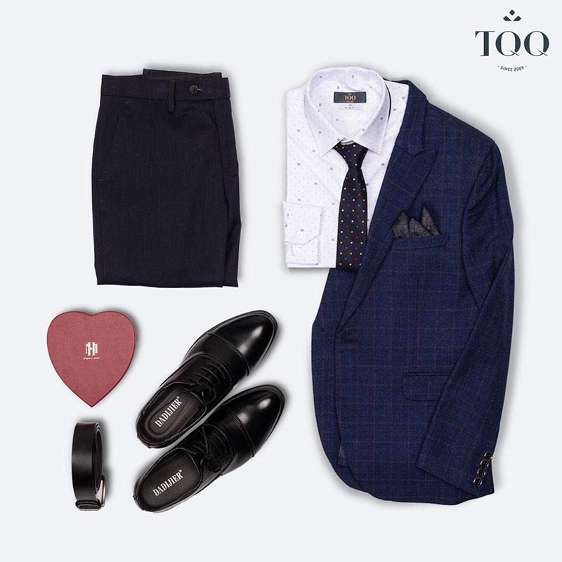 Gợi ý set đồ hoàn hảo với áo sơ mi phối cùng áo vest, quần âu, giày tây và phụ kiện phù hợp cho quý ông 60 tuổi.