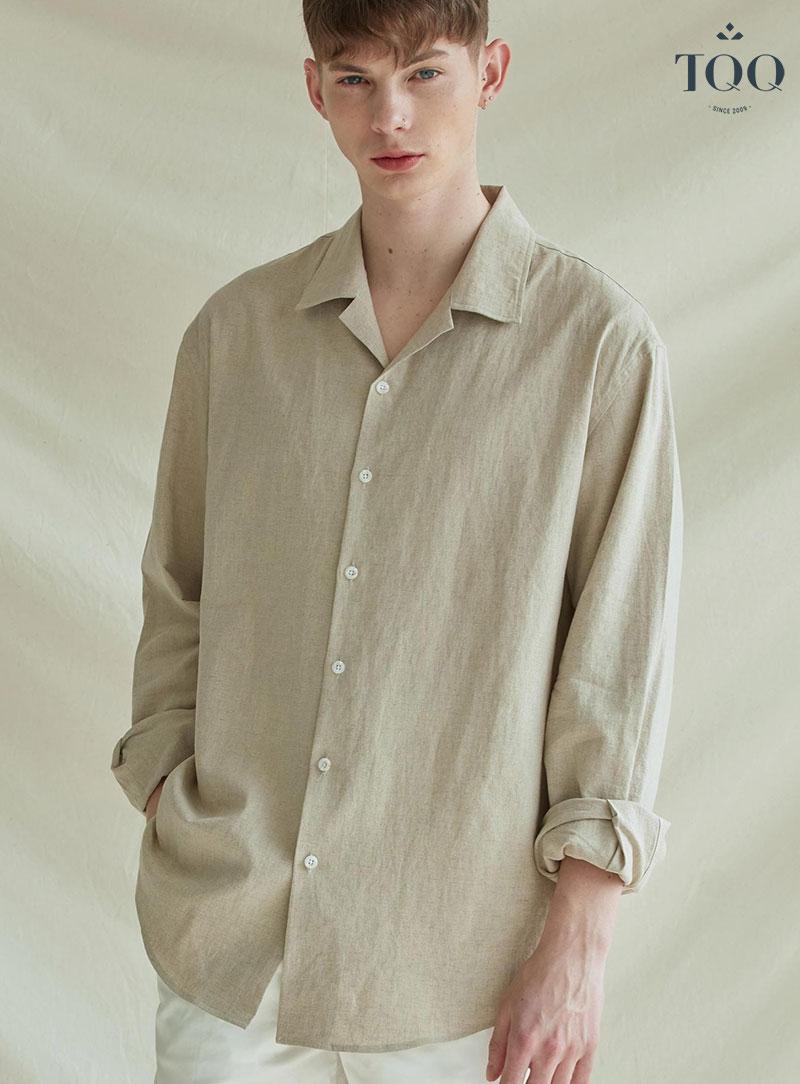 Áo sơ mi nam vải đũi là phong cách thời trang rất được nam giới ưa thích vào mùa hè.