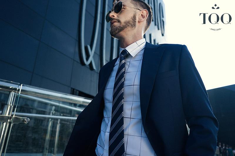 Phụ kiện đóng vai trò vô cùng quan trọng trong việc giúp nam giới mặc đẹp hơn