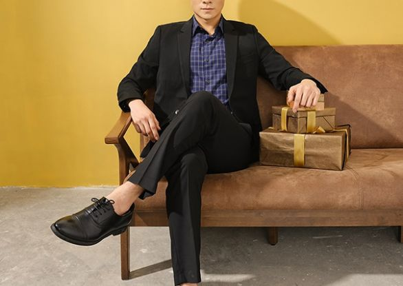 10 Mẫu áo sơ mi nam xanh đen cực lịch lãm tại TQQ