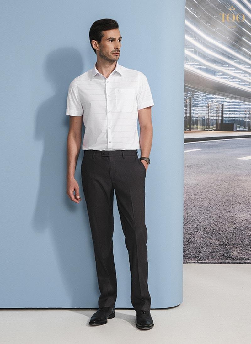 Giày tây là lựa chọn hàng đầu cho quý ông khi mặc với quần tây, sơ mi trắng mang lại vẻ ngoài chỉn chu, lịch lãm