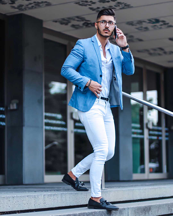kết hợp áo sơ mi, áo vest nam xanh da trời và sơ mi trắng