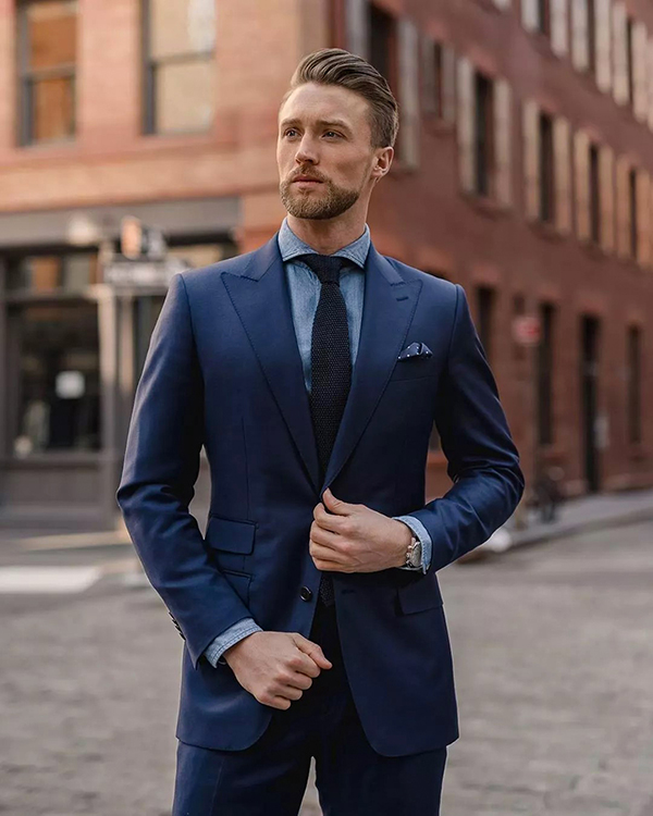 áo sơ mi xanh kết hợp với áo vest nam xanh quần tây