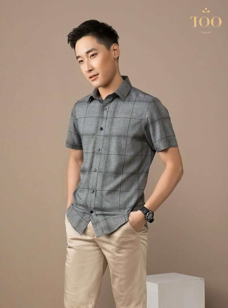 Các mẫu áo sơ mi nam ngắn tay body giúp tôn lên vóc dáng cho người mặc rất tốt