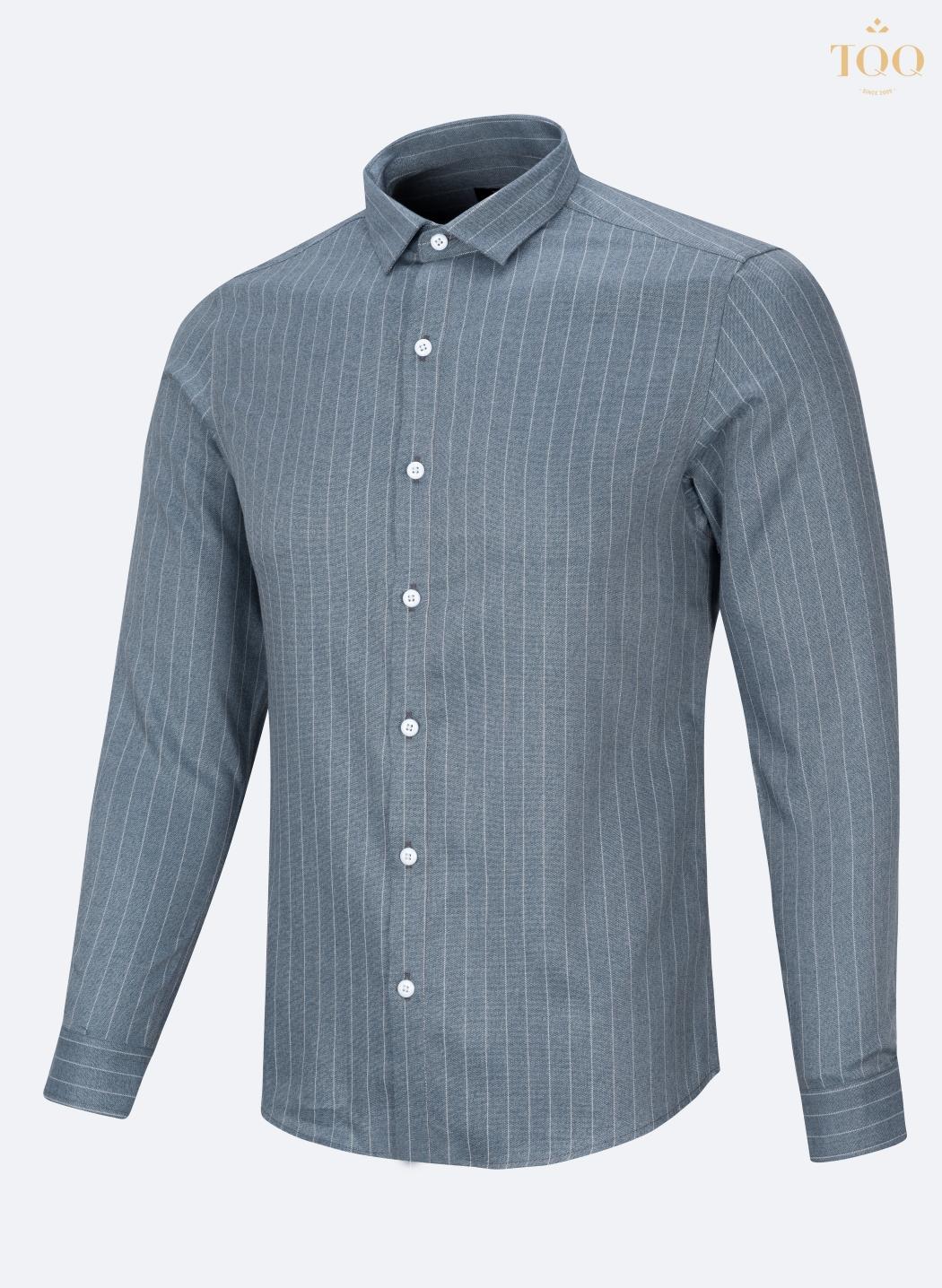 Mẫu áo sơ mi nam ôm body K276 màu xanh ghi sở hữu vẻ đẹp ấn tượng, nam tính và thời trang