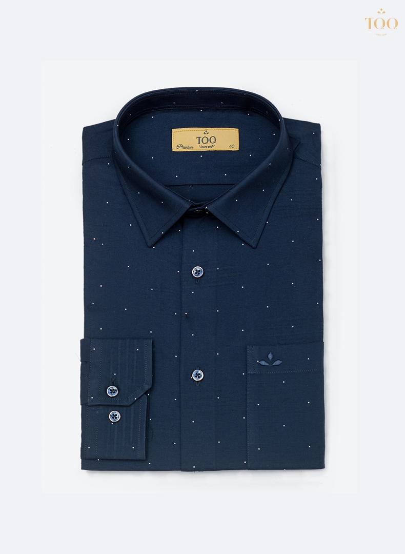 Mẫu áo sơ mi nam dài tay H250CSB xanh navy vừa ấn tượng lại rất lịch thiệp