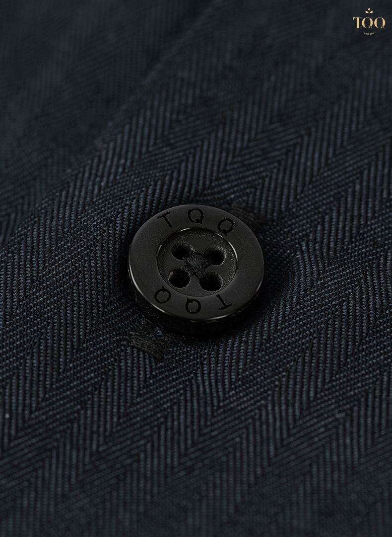 Mẫu áo sơ mi K422CS là mẫu áo sang trọng với nhiều ưu điểm từ chất vải