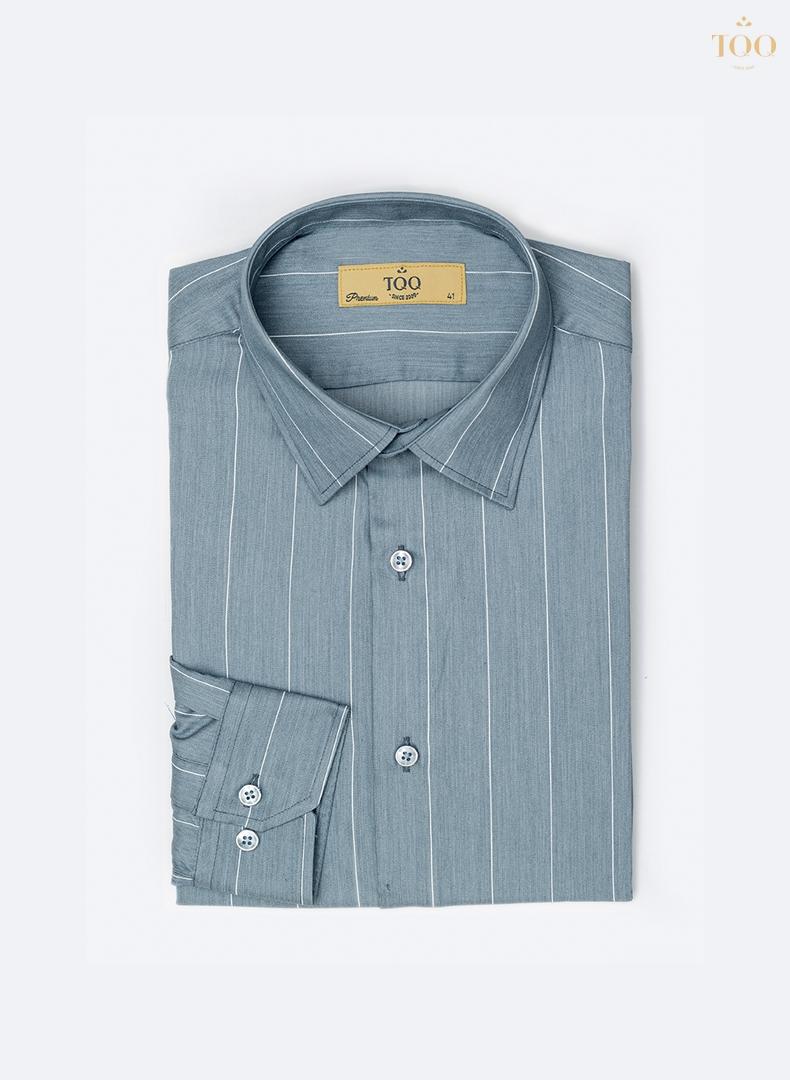 Mẫu áo sơ mi dài tay K393CS sở hữu tông màu xanh nhẹ nhàng mà lạ mắt