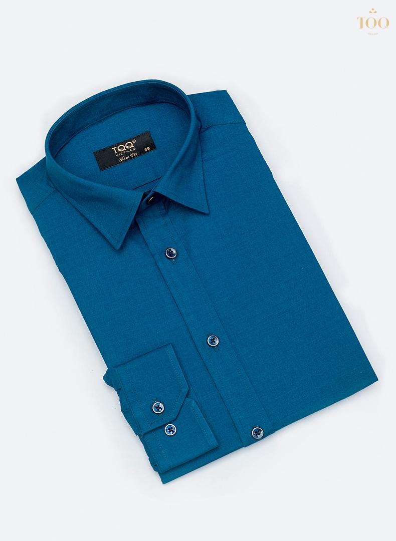 Mẫu áo này sẽ tạo cho quý ông phong thái nhã nhặn, lịch sự trong mọi hoàn cảnh
