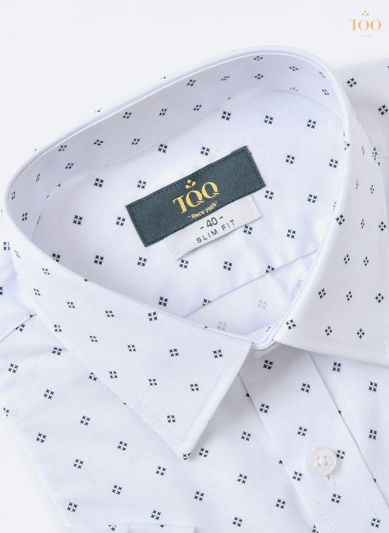 Áo được may từ chất liệu vải Viscose cao cấp