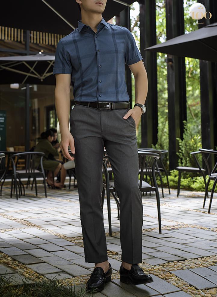 Áo sơ mi nam ngắn tay giúp nam giới dễ dàng vận động mà vẫn chỉn chu, gọn gàng trong ngày dài làm việc.