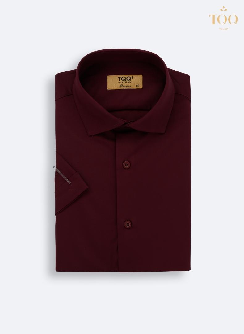 Mẫu áo sơ mi màu đỏ ngắn tay M71CSC lạ mắt nhưng rất nam tính, phong cách