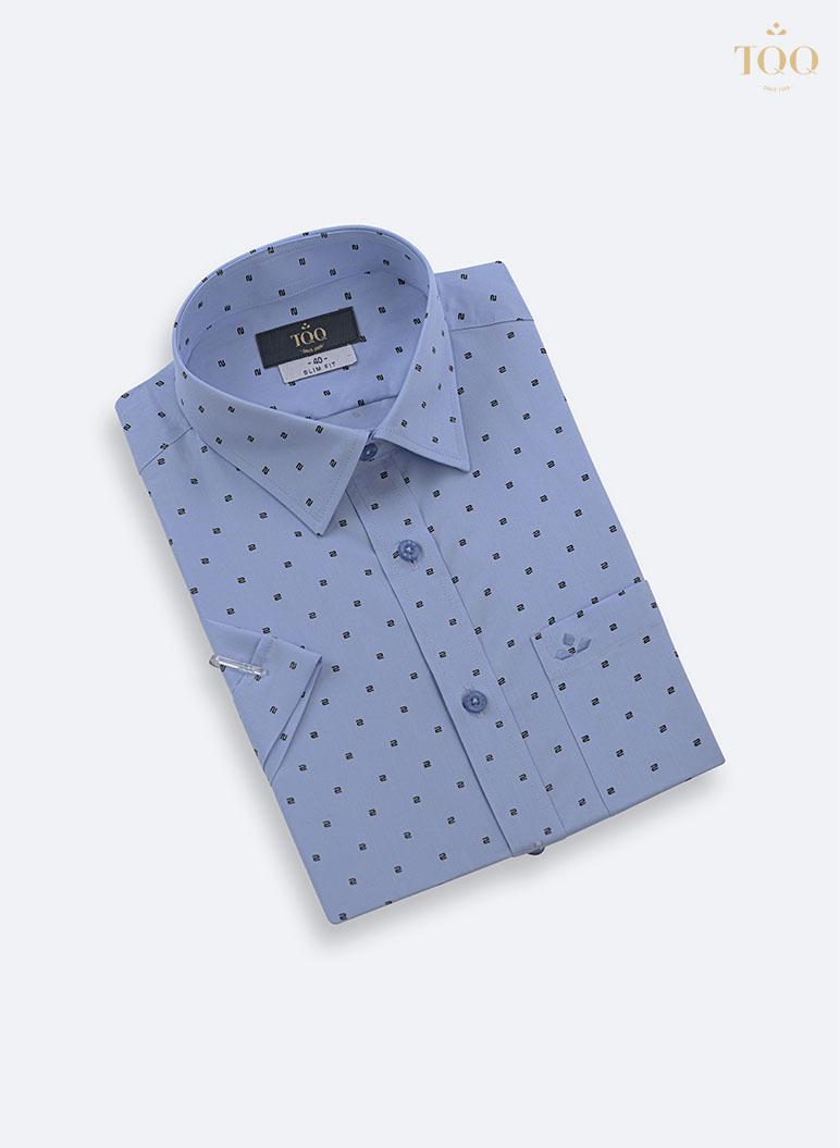 Áo sơ mi xanh họa tiết chữ S đen H296CB thiết kế vạt bằng và túi ngực tiện lợi