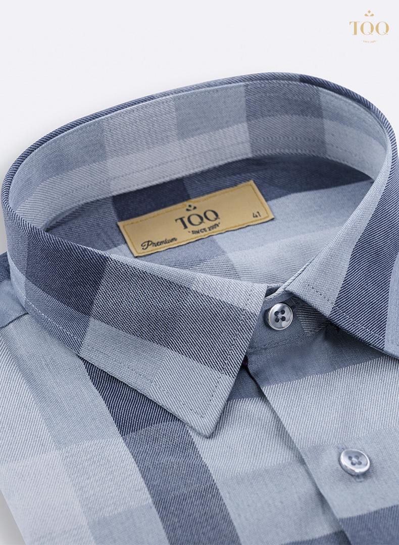 Mẫu áo sơ mi kẻ xanh đậm K398CSC thanh lịch, hiện đại